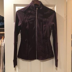 Lululemon fitted zip up in plum color